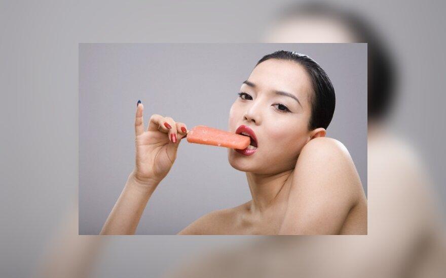 Mergina valgo ledus