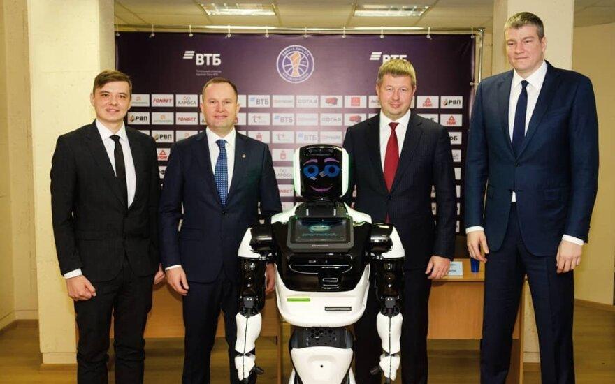 Be analogų: Maksvyčio asistentu Permėje dirbs robotas