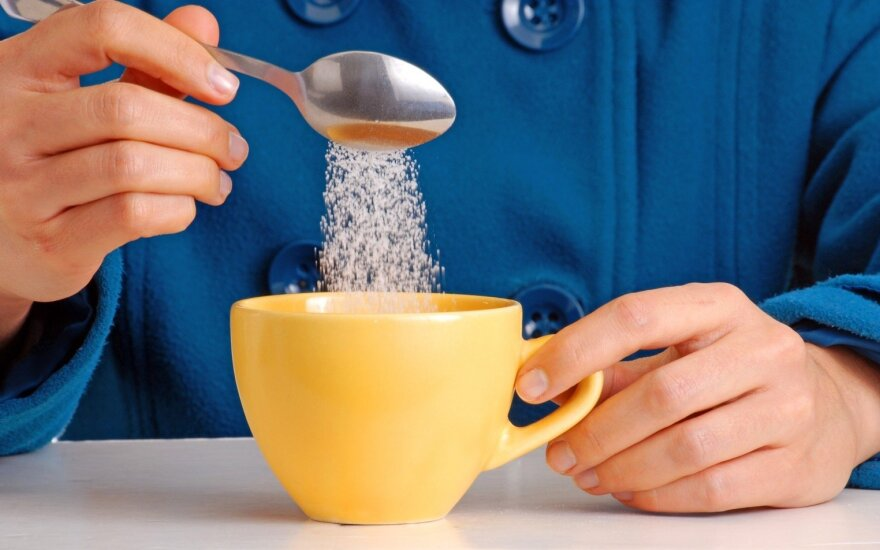 Ką turėtume žinoti apie kasdien vartojamą cukrų?