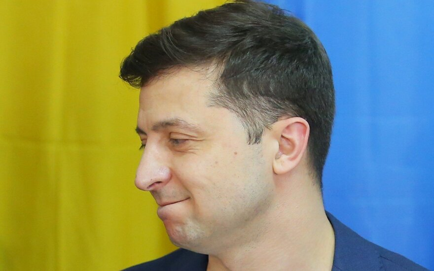 V. Zelenskis balsavo rinkimuose