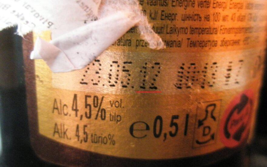 Parduotuvėje - čekiškas alus su dviem galiojimo datomis. Kuria tikėti?