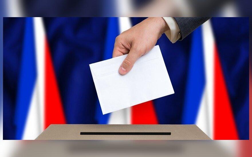 Euras linkęs koreguotis po savaitgalį įvykusių Prancūzijos prezidento rinkimų