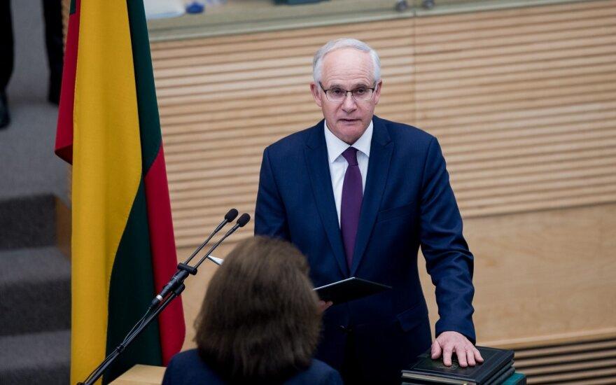 Ministras Monkevičius pradeda susitikimus su švietimo profsąjungomis