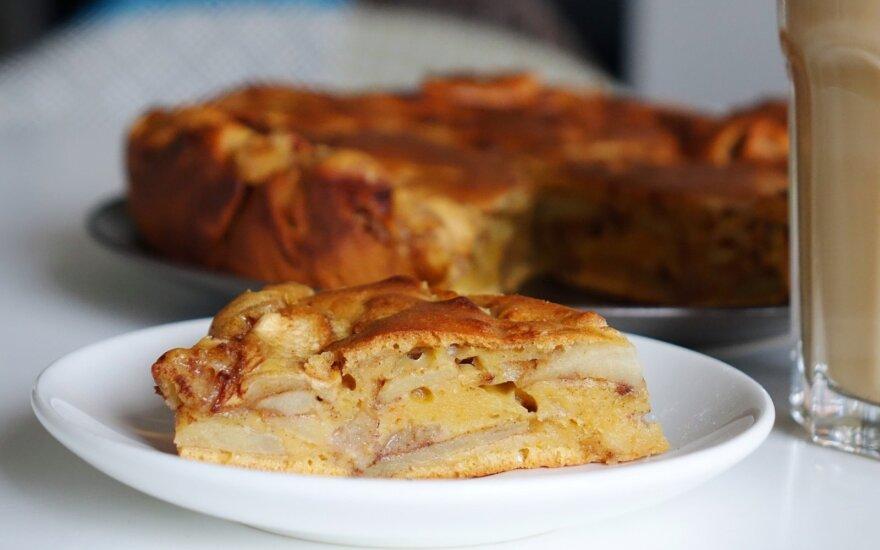 Dangiško skonio obuolių pyragas be pieno produktų