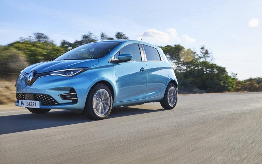 """""""Renault"""" pasistengė: """"Zoe"""" vienu įkrovimu nuvažiuoja toliau"""
