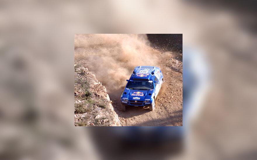 """C.Sainzas (""""Volkswagen"""") laimėjo 2-ąjį Dakaro ralio etapą"""