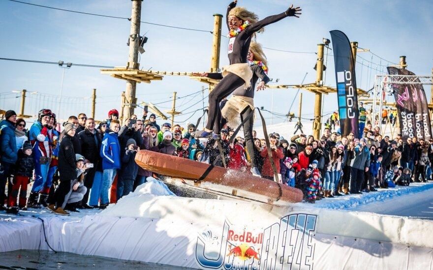 """""""Red Bull Jump & Freeze"""" renginys"""