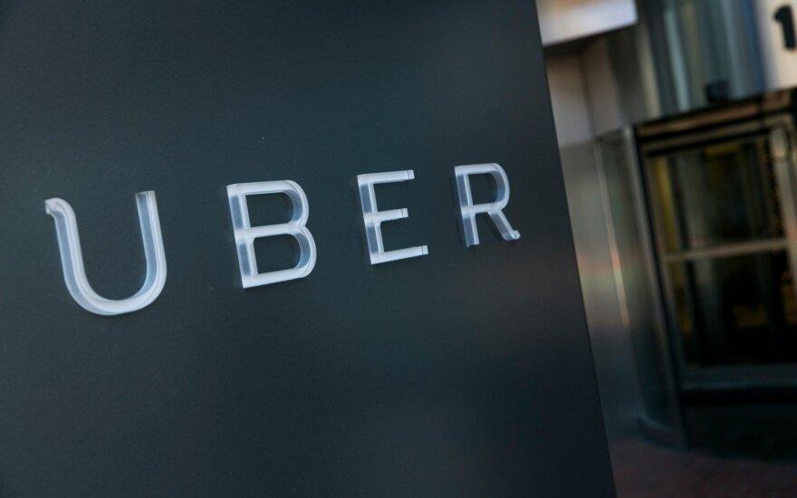 """""""Uber"""" dėl vyriausybės priimtų teisės aktų traukiasi iš Vengrijos"""
