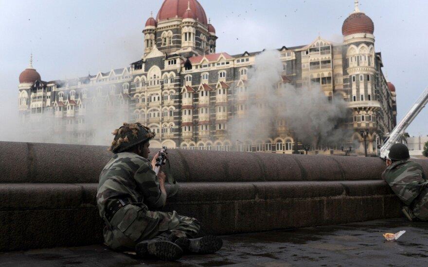 2008 metais teroro išpuolis Mumbajuje nusinešė 166 gyvybes