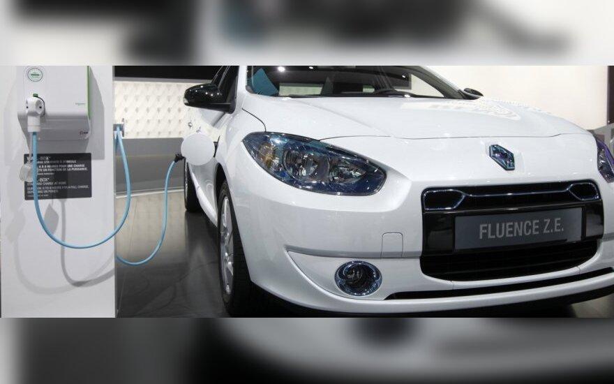 """""""Renault"""" įtaria 3 vadovus paviešinus kompanijos paslaptis"""