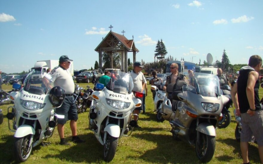 Piligriminė kelionė į Kryžių kalną - motociklais