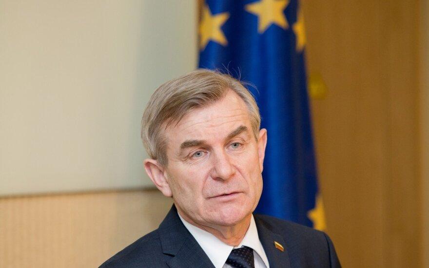 Seimo pirmininkas teigia, kad valstiečiai palaikys urėdijų reformą