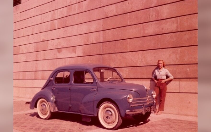 Renault 4 CV (1958 m.)