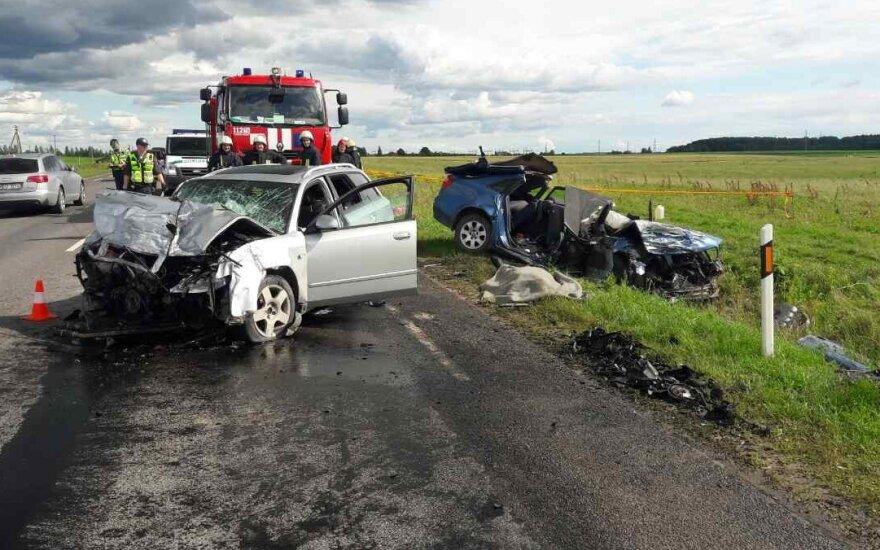 Baisi avarija kelyje Kaunas-Alytus: du žmonės žuvo, du sužaloti
