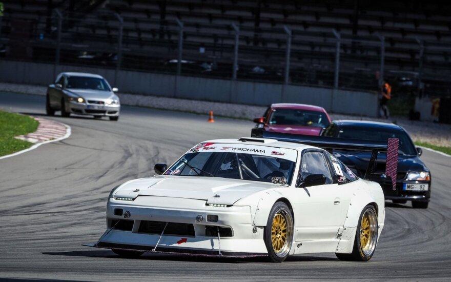 """Baltijos šalių """"Time attack"""" serijos lenktynės savaitgalį į Rygą surinks greičiausius automobilius. Raimunds Volonts nuotr."""