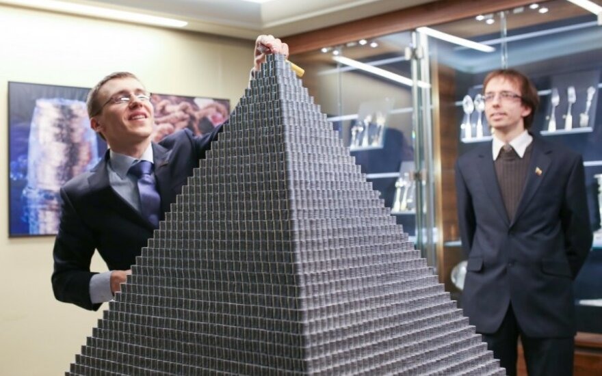 World's largest coin pyramid erected in Vilnius