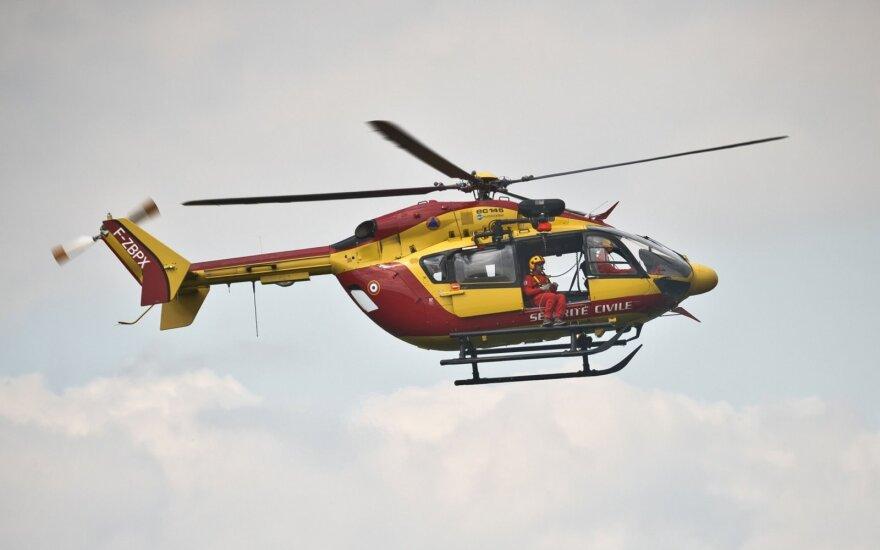 Prancūzijoje sudužus gelbėtojų sraigtasparniui žuvo trys darbuotojai