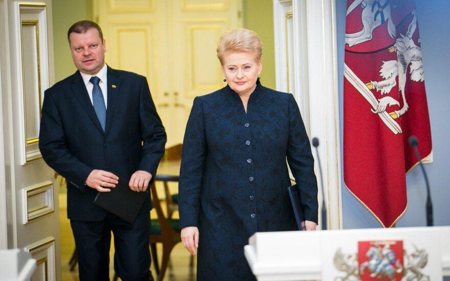 Skvernelis vėl įgėlė Grybauskaitei, šįkart – dėl moterų ministerijoje