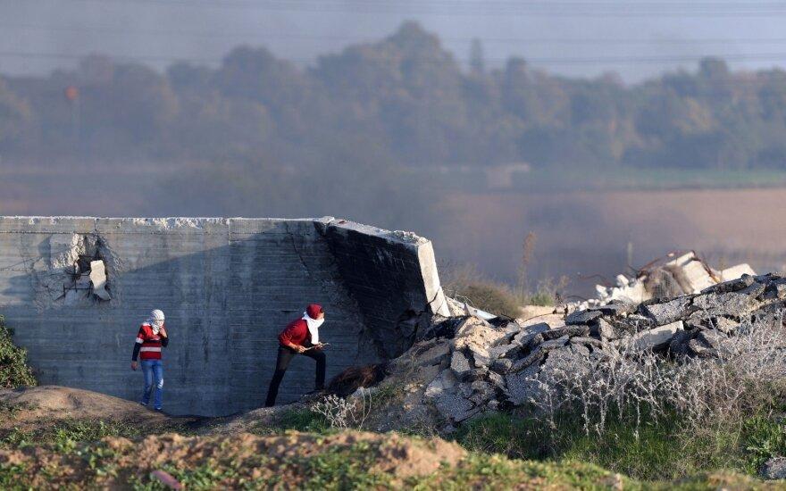 """Izraelis sako sunaikinęs """"Hamas"""" tunelį Gazos Ruože"""