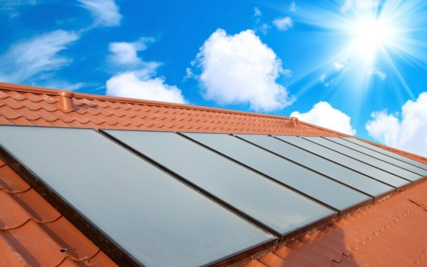 """""""Kauno energija"""" vertina saulės energijos naudojimo galimybes ir naudą"""