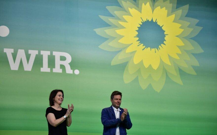 Robertas Habeckas ir Annalena Baerbock žaliųjų partijos suvažiavime