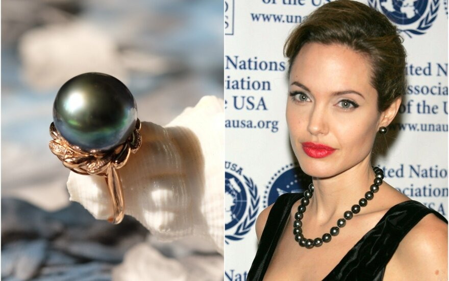 Juodieji perlai, Angelina Jolie