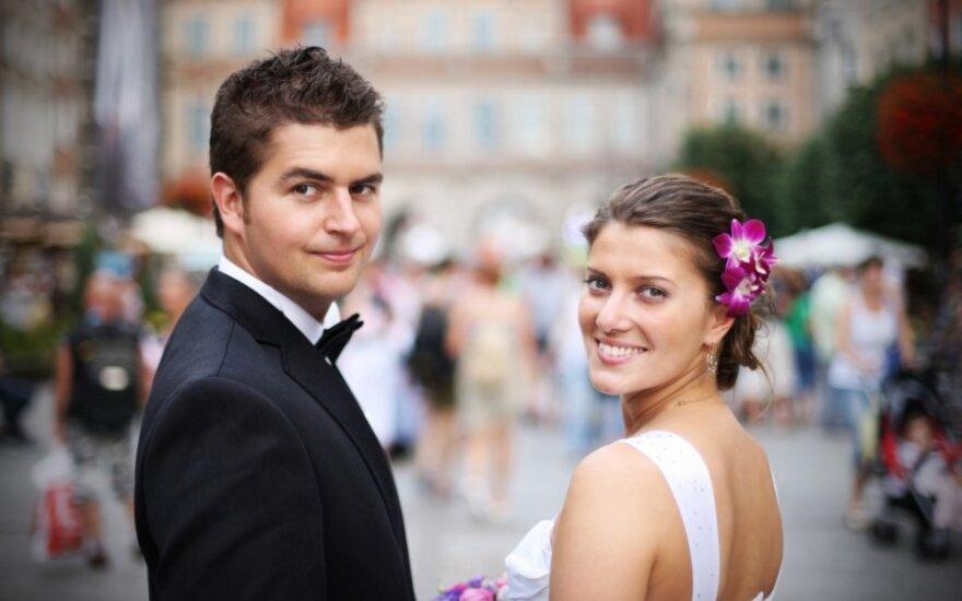 """<font class=""""delfi-highlight"""">Rašinių konkursas!:</font> Kas pasikeičia po vestuvių?"""
