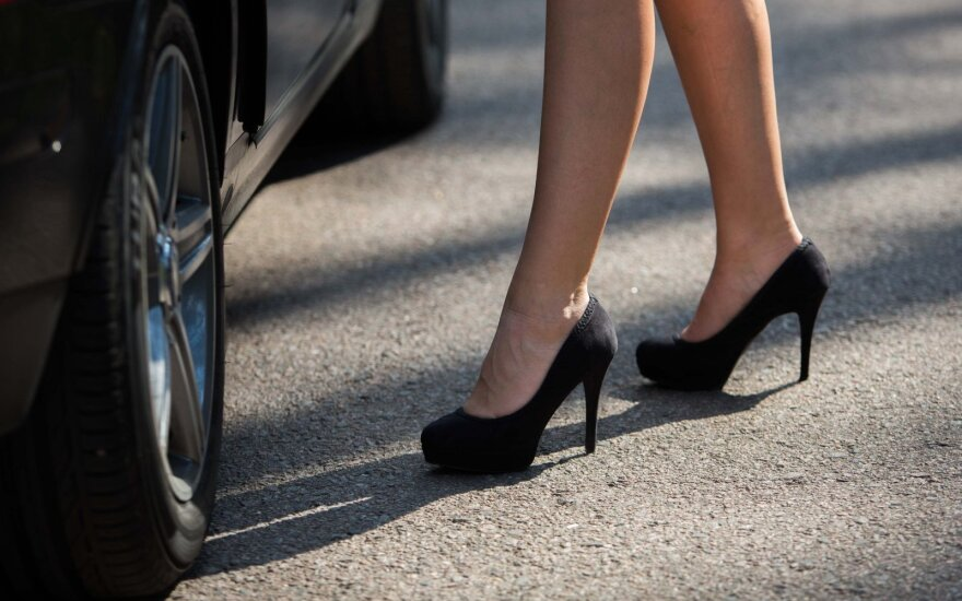 Three Lithuanian MPs suggest scrapping fines for prostitution