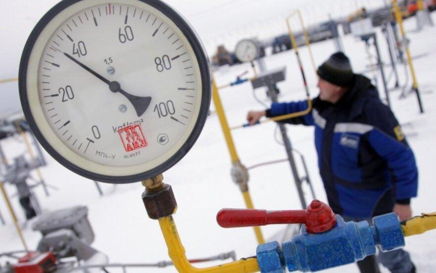 """Europoje – nesutarimai dėl """"Gazprom"""" finansuojamo dujotiekio"""