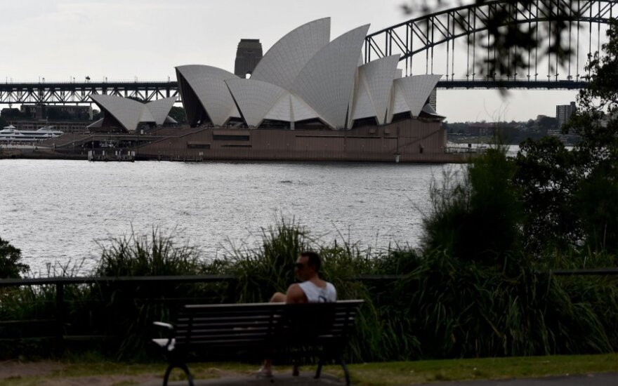 Dėl teroristinių sąmokslų atakuoti objektus Sidnėjaus centre areštuoti trys asmenys