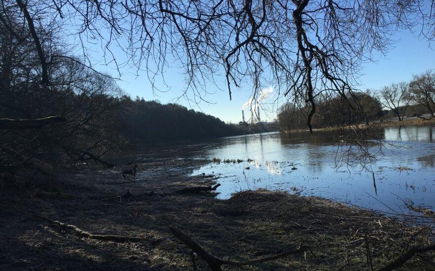Vilniuje, Neries upėje, rastas moters kūnas