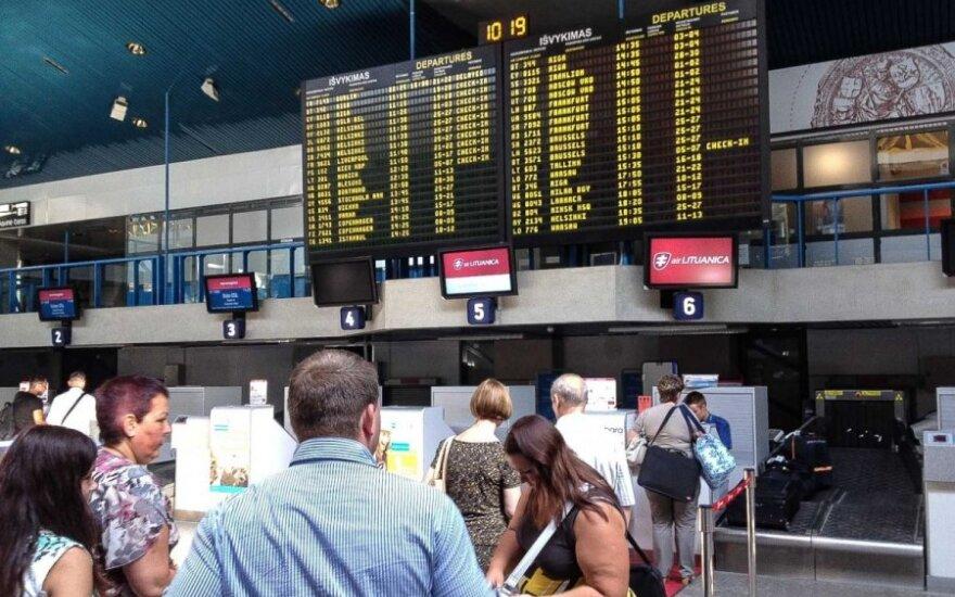 Ar oro linijos privalo atlyginti moralinę žalą už atšauktus skrydžius?