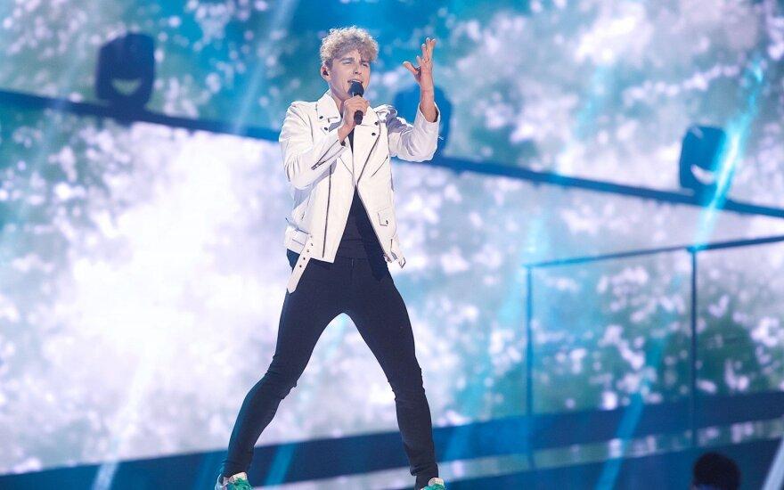 """Įvertink! Donato Montvydo pasirodymas """"Eurovizijos"""" scenoje"""