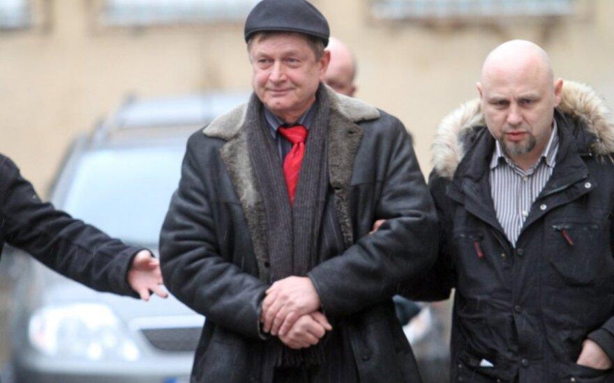 Į korupcijos skandalą įsipainiojusį Kauno tarybos narį V. Venslovą teismas leido suimti