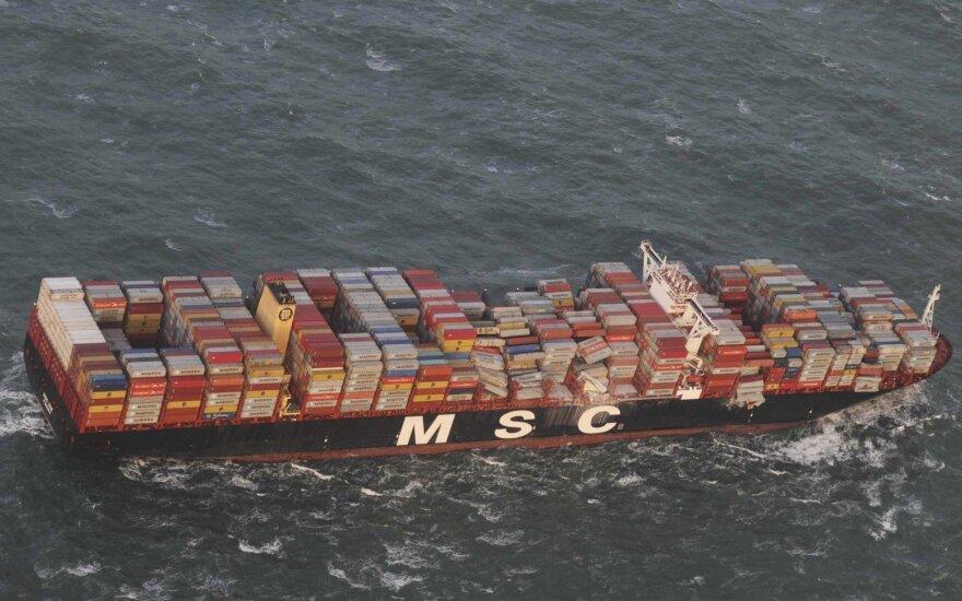 Šiaurės jūroje laivas pametė potencialiai pavojingą krovinį
