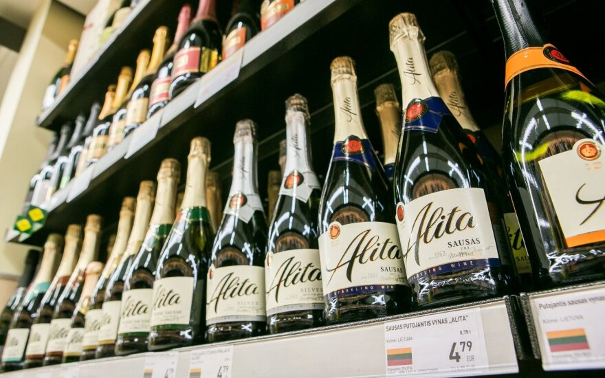 Lithuania gets EUR 1.6 mln in EU finding to promote mead, sparkling wine in China, US