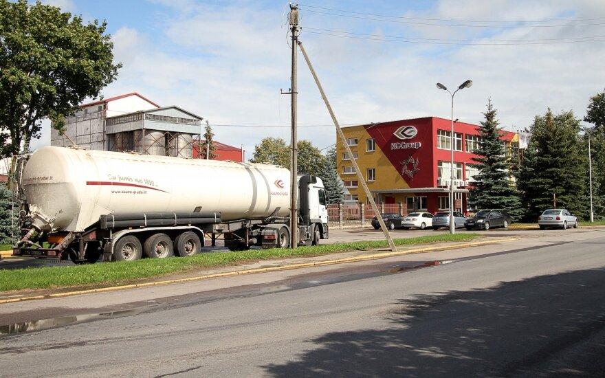 """Per kratas pas """"Kauno grūdų"""" darbuotojus rasta nelegalių pesticidų už 100 000 eurų"""