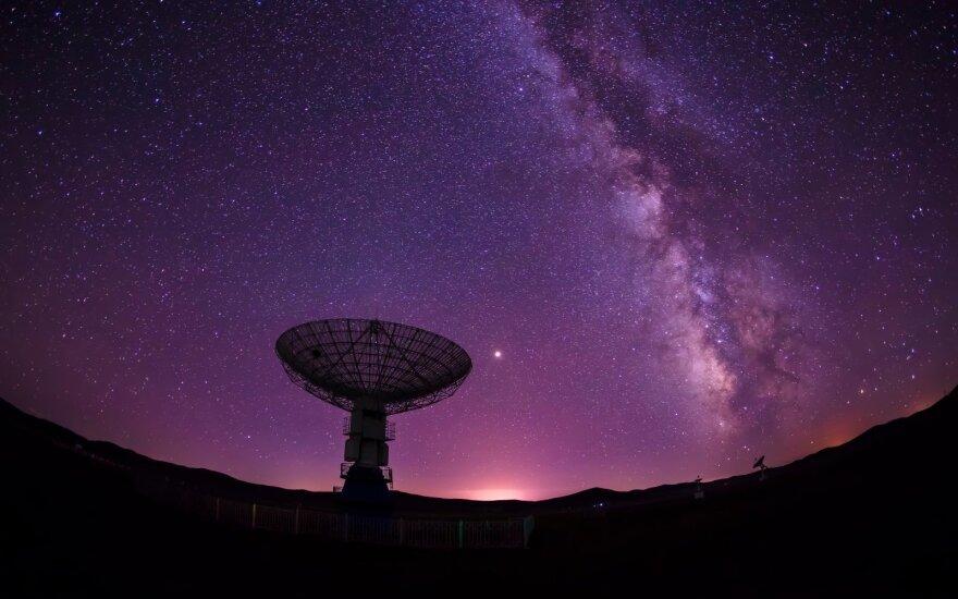 Naujas tyrimas rodo, kad mūsų galaktikoje gali būti bent 36 ateivių civilizacijos – tik yra viena bėda