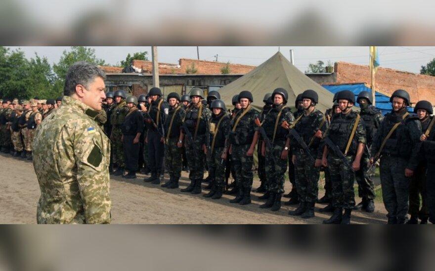 """P. Porošenka: Rusija gali """"užimti"""" ne tik Kijevą, bet ir Varšuvą, ir Vilnių, ir Rygą"""