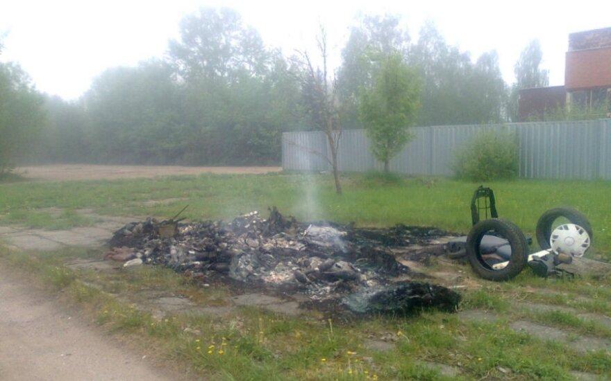 """""""Darom 2013"""" Alytuje: niekadėjai padegė surinktas šiukšles"""