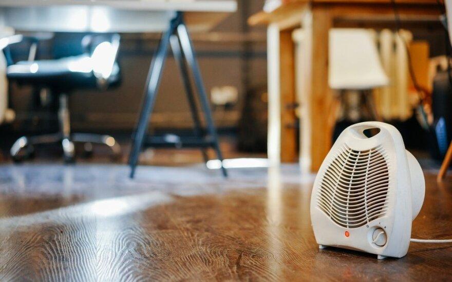 Šilumos tiekėjų asociacijos vadovas: paveikti šildymo kainas šį sezoną per vėlu