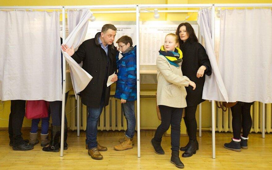 Mindaugo rinkimų apylinkėje balsavo Eligijus Masiulis