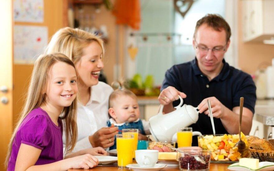 Kodėl tėvai ir pedagogai nesusikalba: bendradarbiavimą stabdantys veiksniai