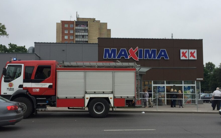 """Ankstų rytą Vilniuje, parduotuvėje """"Maxima"""", kilo sąmyšis, buvo iškviestos spec. tarnybos"""