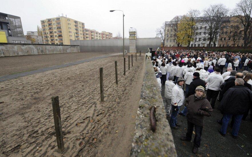 Leonid Bershidsky: niurzgūs Rytų europiečiai nėra tokie pesimistai kaip atrodo