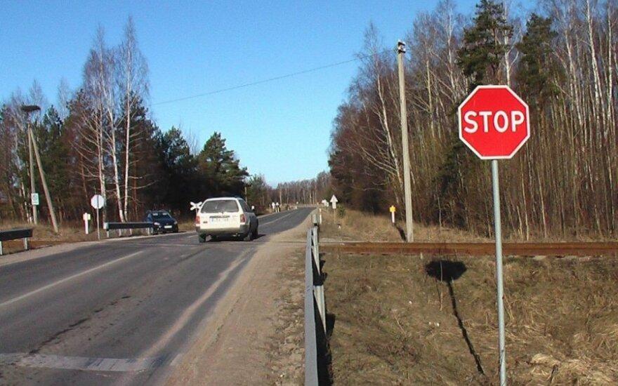 """""""Klevo lapą"""" kelyje šokiruoja vairuotojų elgesys: nenoriu keikti, bet priminti būtina"""