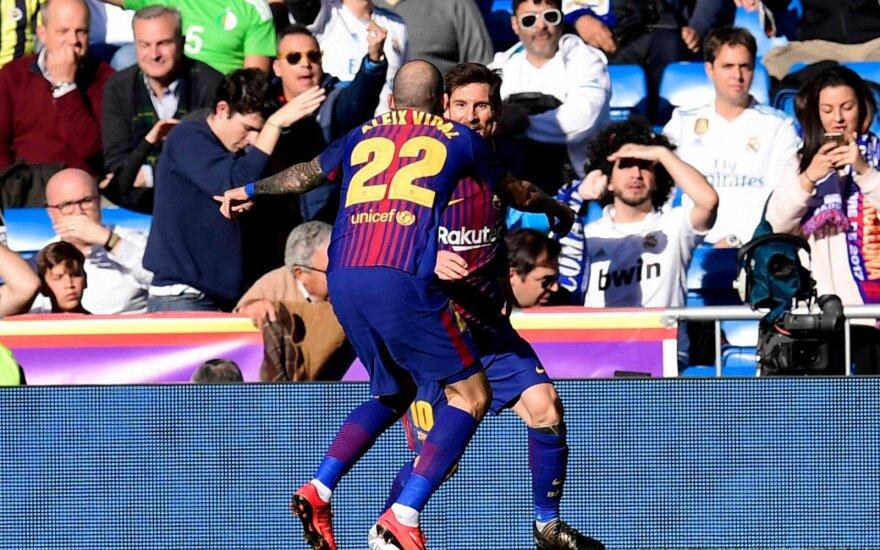 """""""Sevilla"""" stiprinasi: prieš seriją su """"Žalgiriu"""" įsigijo """"Barcos"""" gynėją"""
