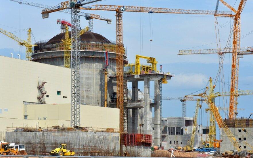 """""""Rosatom"""": branduolinis kuras į Astravo AE bus atgabentas 2019-ųjų pradžioje"""