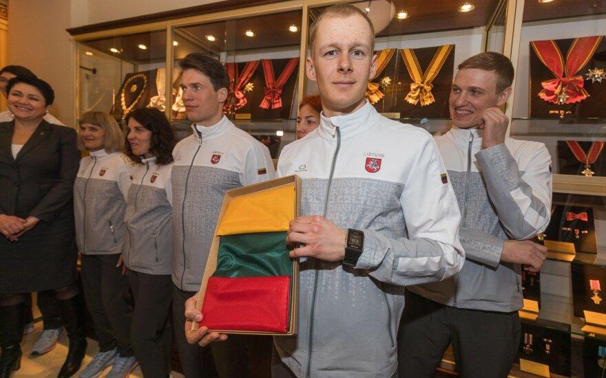 Prezidentė išlydėjo sportininkus į žiemos olimpines žaidynes