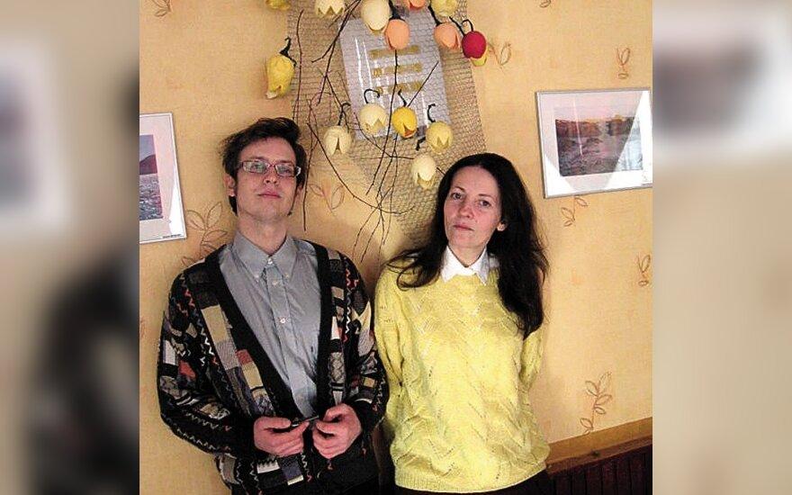 Svetlana Laimutė Zemleckienė su sūnumi Mantu, kuris yra ir jos teatro aktorius